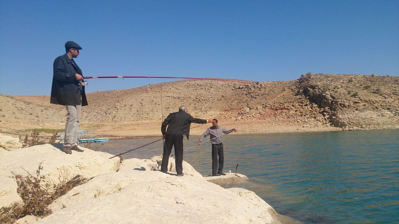 http://esfahanfishing.persiangig.com/hosin_noparvar/fishing/photo_2016-01-08_23-48-22.jpg