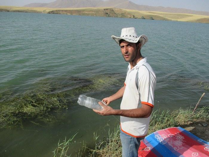 [تصویر:  fishinghand2.JPG]